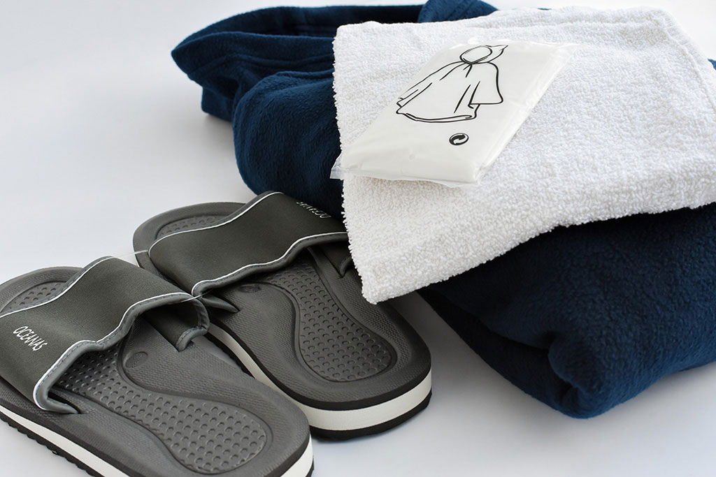 CBRN beschermingsmiddelen van IMG Europe - handdoek, slippers en poncho